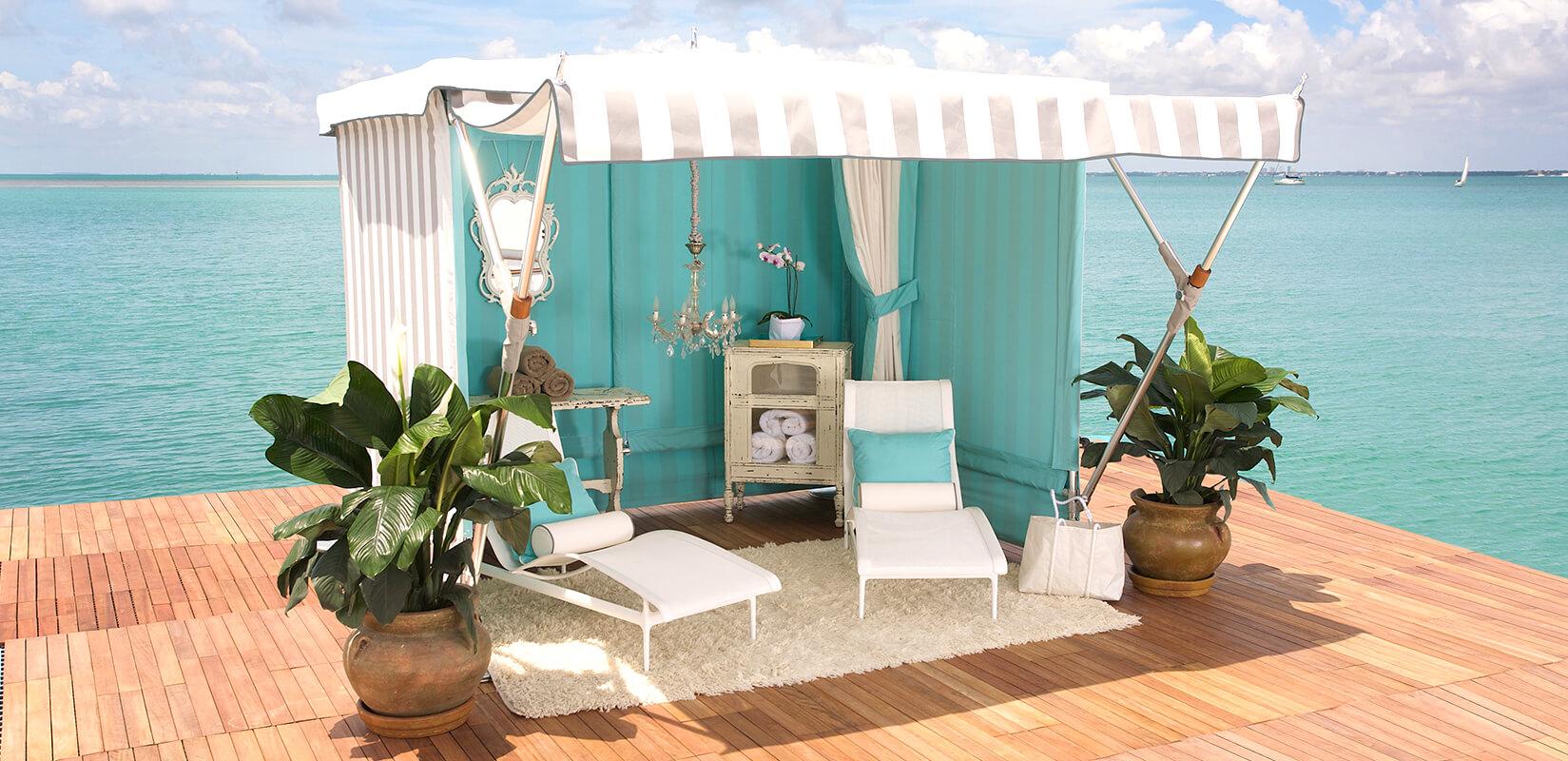 St. Tropez Outdoor Cabanas | TUUCI