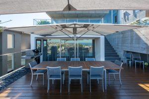 Outdoor Kitchen Dining Area Shade Structure Patio Umbrella Parasol TUUCI Oceanmaster MAX Single Cantilever
