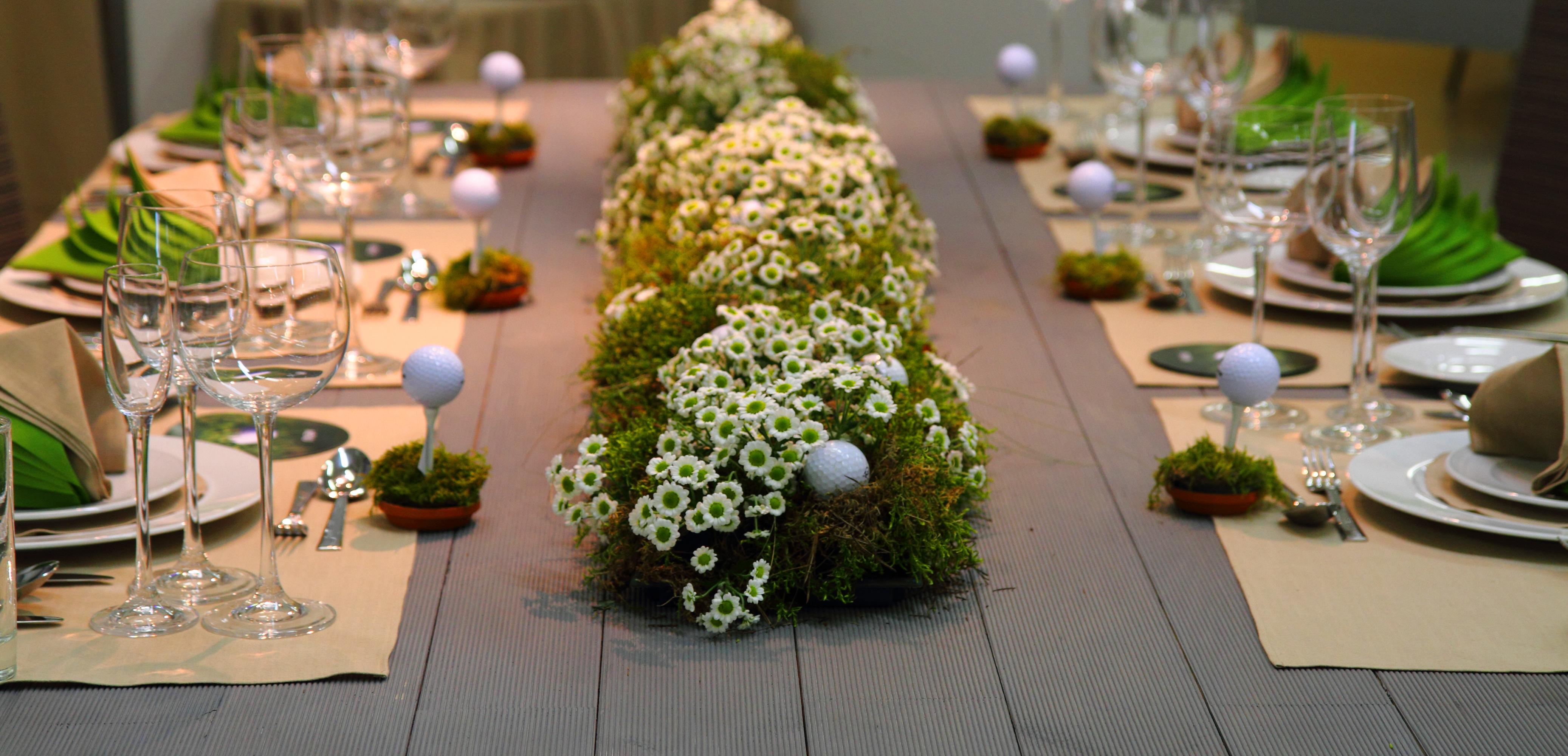 floral arrangement place setting